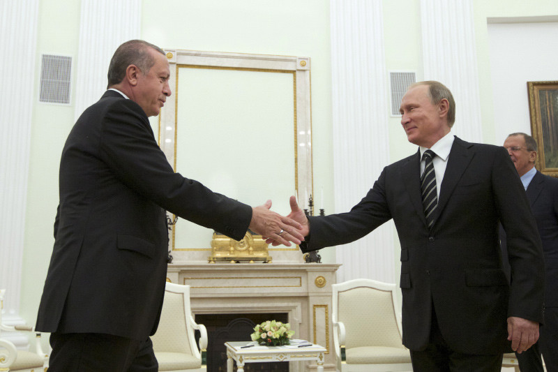 El presidente ruso recibe a su homólogo turco en el Kremlin. 23 de septiembre de 2015