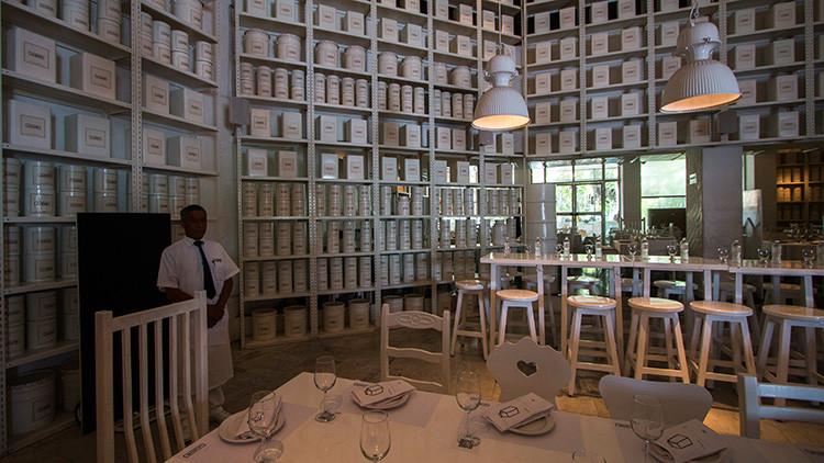 El interior del restaurante La Leche, Puerto Vallarta, Jalisco, México, 18 de agosto de 2016.