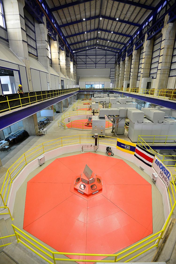 La hidroeléctrica Reventazón es la segunda obra de infraestructura más grande de América Central después del Canal de Panamá