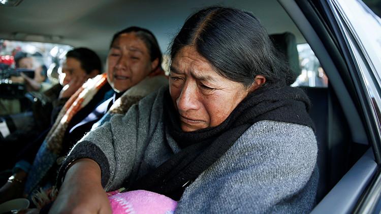 Familiares del viceministro de Régimen Interior, Rodolfo Illanes, en la Paz tras el asesinato del político