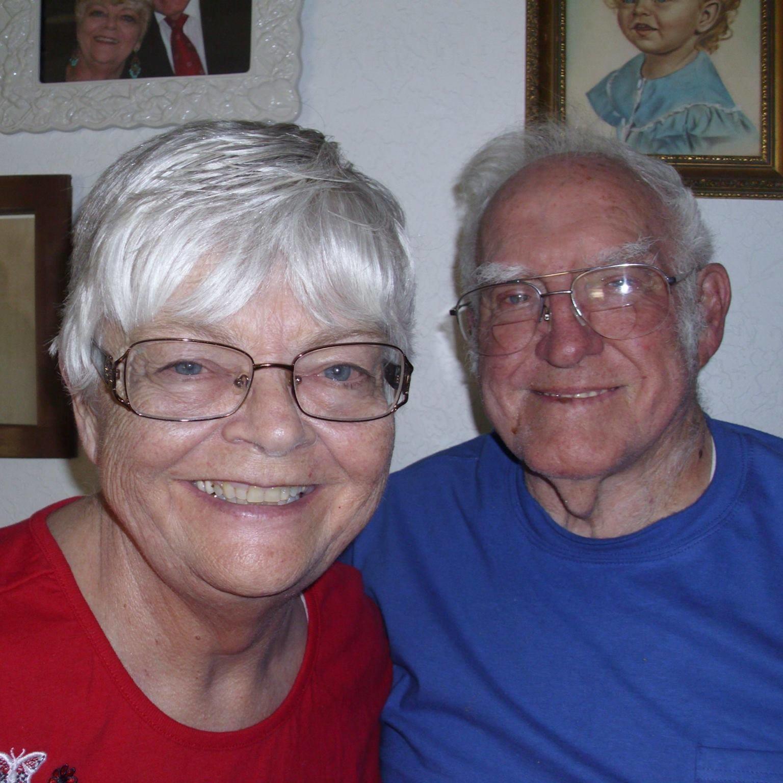 Barbara Murphy junto con su esposo.