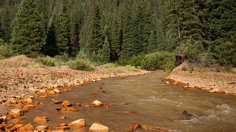 Cauce del río Ánimas, contaminado hace un año por desechos tóxicos de una mina abandonada.