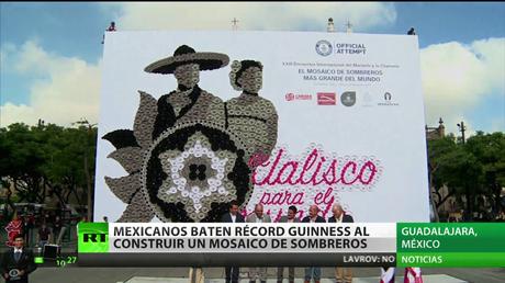 Un mosaico de sombreros charros, récord Guinness en México