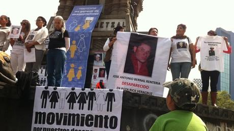 Familias se manifiestan en México en el marco del Día Internacional de las Victimas de Desaparicón Forzada