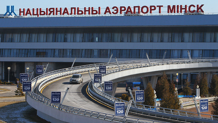 Declaran una amenaza de bomba en un vuelo a Milán en el aeropuerto de Minsk