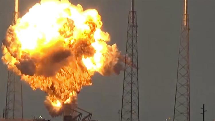 Publican un video del momento exacto de la explosión del cohete Falcon 9 de SpaceX