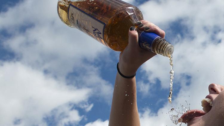 ¿La cura del alcoholismo? Hallan un 'interruptor' para evitar el consumo excesivo de alcohol