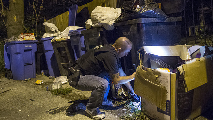 Empresa británica ofrece a la Policía de EE.UU. contenedores de basura 'espías'