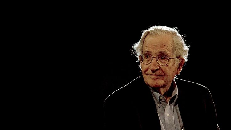 """Chomsky: """"EE.UU. hace la vista gorda al apoyo de Arabia Saudita al terrorismo"""""""