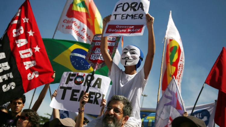 Miles de brasileños invaden las calles para exigir elecciones generales anticipadas (FOTOS)