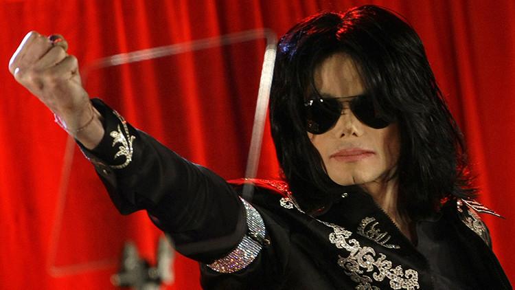¿Está vivo? Michael Jackson 'reaparece' en una selfi de su hija