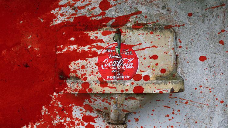Coca-Cola, acusada de financiar el terrorismo en Colombia