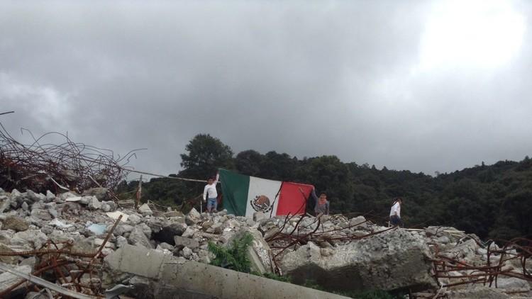 Niños indígenas se amparan contra Peña Nieto y empresa afín por destrucción de su hábitat
