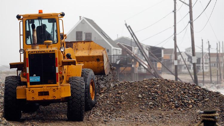 EE.UU.: Embiste la casa de su vecino con un bulldozer tras una disputa