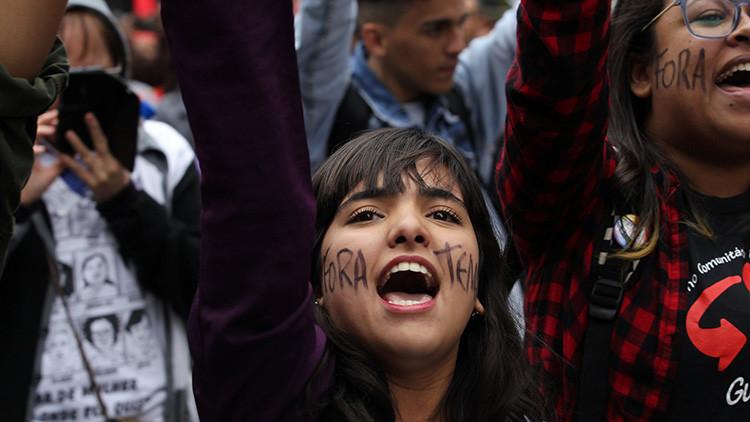 """""""En defensa de la democracia"""": Brasil contra Temer en su Día de la Independencia (video, fotos)"""