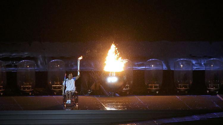 """""""Todos de pie"""": Así reaccionó la Red al tuit de la cuenta oficial de los Juegos Paralímpicos de Río"""