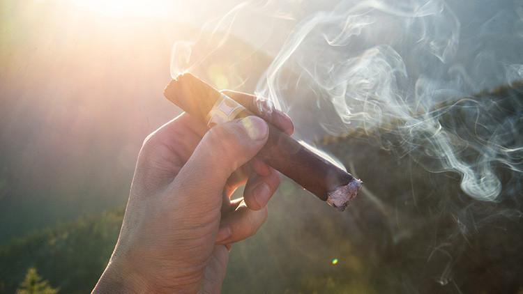Un mexicano fumador consume 2.840 cigarros en seis meses