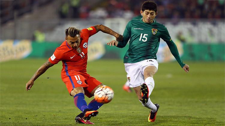"""Bolivia denunció a Chile ante la FIFA por cantos """"discriminatorios y racistas"""""""