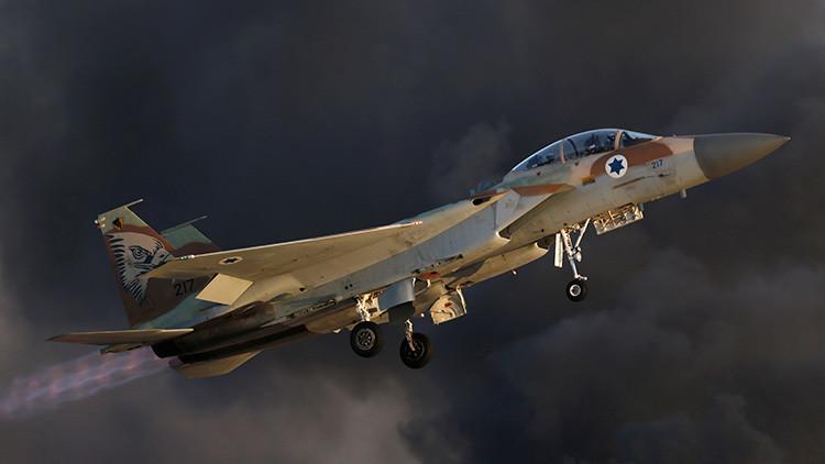 Fuerzas Aéreas israelíes lanzan un ataque aéreo contra tropas sirias