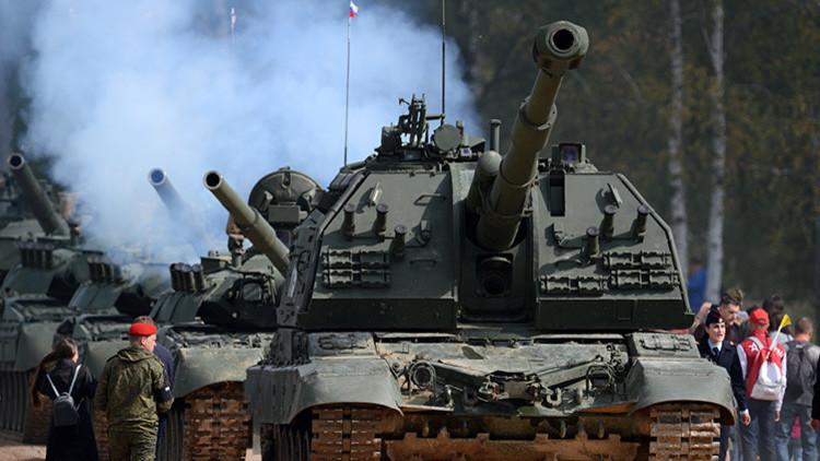Llamativas exhibiciones de combate por aire y tierra cierran el Foro Ejército-2016