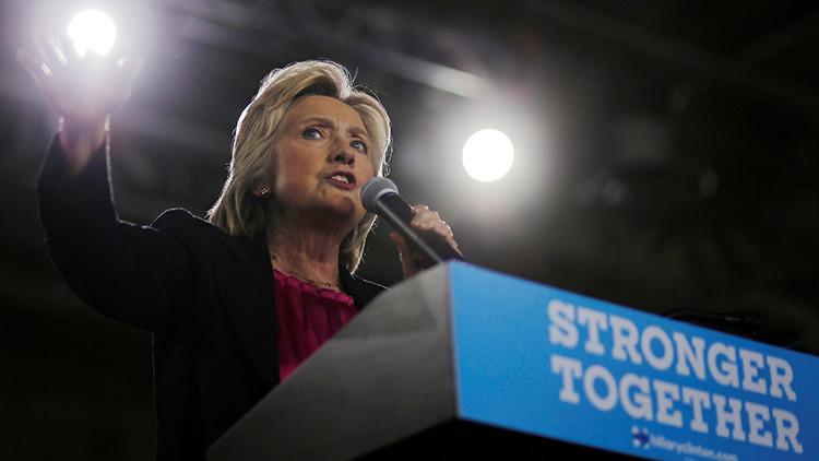 Hillary Clinton cancela su viaje electoral a California tras revelarse que padece neumonia