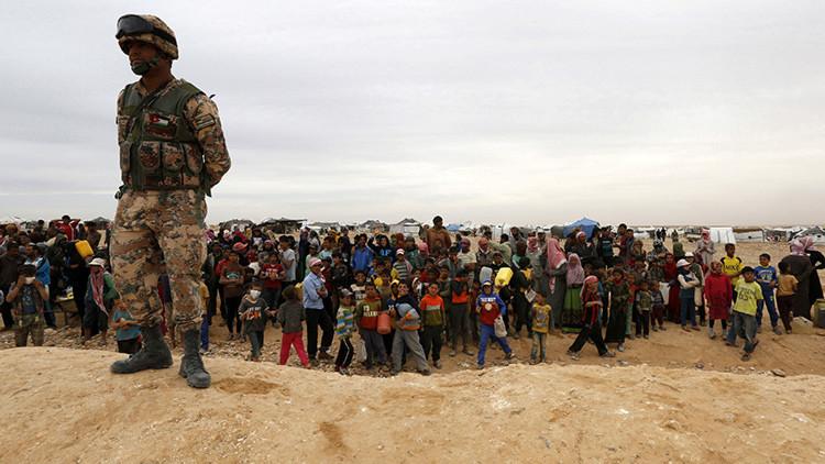 ¿Quiénes son los 'refugiados fantasma' atrapados en Jordania?