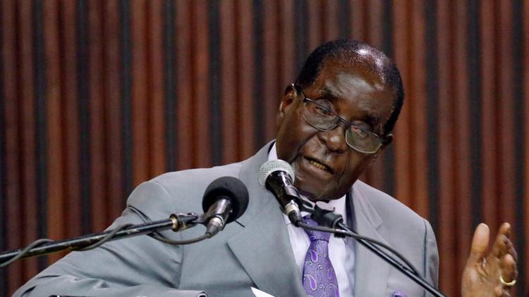 El presidente de Zimbabue se construye un monumento a sí mismo (foto)