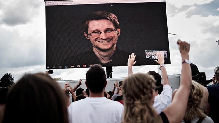 """Snowden explica por qué Obama debe perdonarlo y por qué Theresa May es """"el Darth Vader británico"""""""