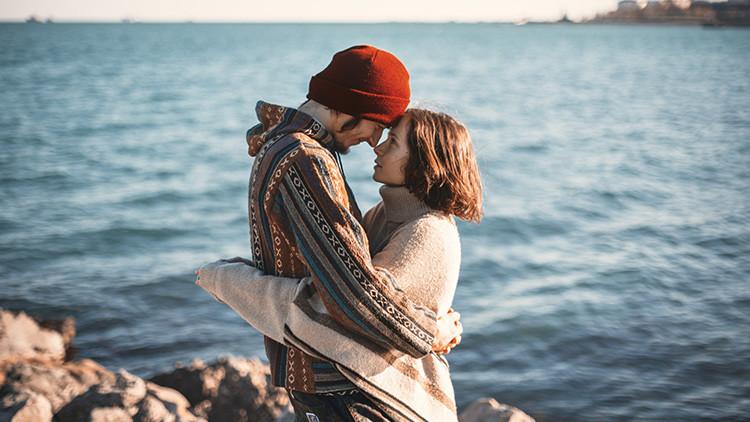 Dos preguntas que revelarán si su pareja y usted están enamorados