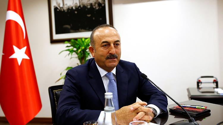 """Ministro de Exteriores turco: """"Embajador de EE.UU. no debe comportarse como gobernador de Turquía"""""""