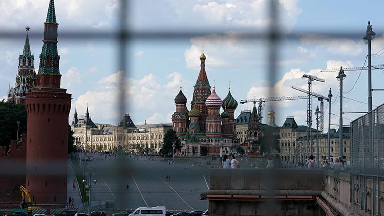 """""""EE.UU. desvía recursos de la lucha contra el terrorismo para espiar a Rusia"""""""