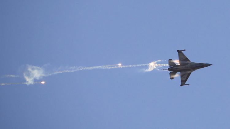 Israel lanza un ataque aéreo sobre Gaza en respuesta a un misil