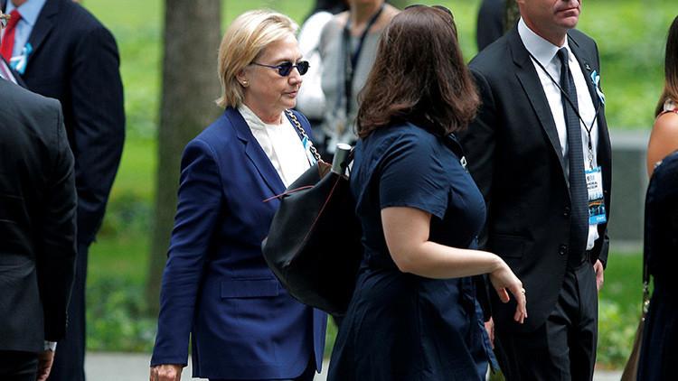 """Exagente secreto: """"El desmayo de Clinton pudo haber sido resultado de una convulsión"""""""