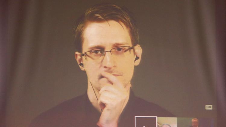 Pornhub solicita a Obama que saque a Snowden de Rusia urgentemente
