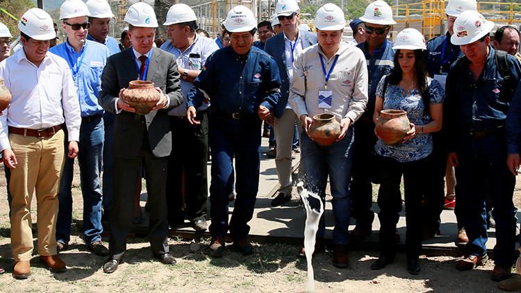Bolivia pacta con Gazprom la explotación conjunta de un gran yacimiento de gas