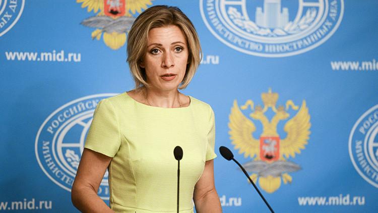 """Zajárova invita a Samantha Power a visitar Siria para que sepa lo que es la """"vergüenza"""""""