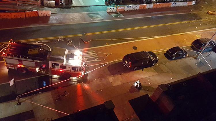 """Explosión en Nueva York: Trump insta a """"actuar"""" y Clinton a """"rezar"""""""