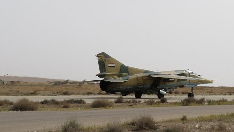 Derriban un avión de la Fuerza Aérea siria en Deir Ezzor