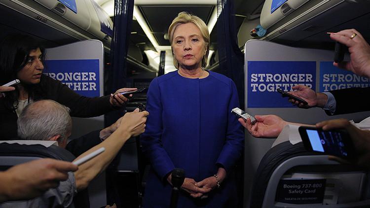 """#ZombieHillary: Critican el """"deplorable"""" estado de Clinton cuando habló de la explosión en Manhattan"""