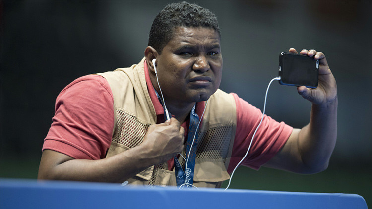 VIDEO: El primer fotógrafo ciego en cubrir unos Juegos Paralímpicos