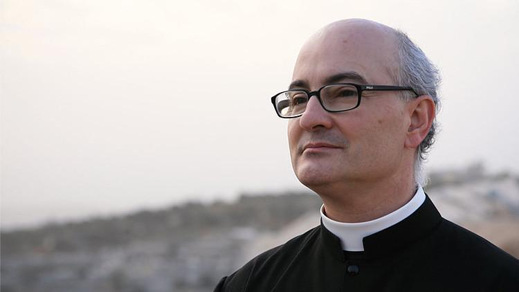 Exorcistas: así se combate hoy al demonio en España
