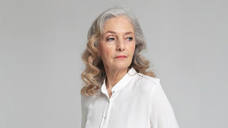 Modelo rusa de 71 años revela el secreto de la belleza eterna