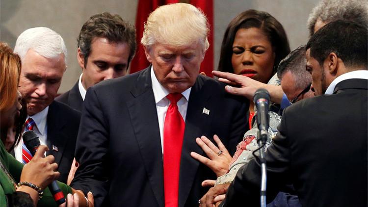 """Donald Trump recibe 'la protección de Dios' para superar """"un ataque satánico concentrado"""" (VIDEO)"""