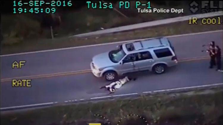 EE.UU.: Acusan de asesinato a la policía que disparó y mató a un afroamericano en Tulsa