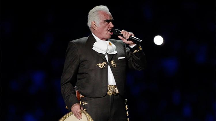 El cantante mexicano Vicente Fernández pide el voto para Hillary Clinton a ritmo de ranchera (VIDEO)