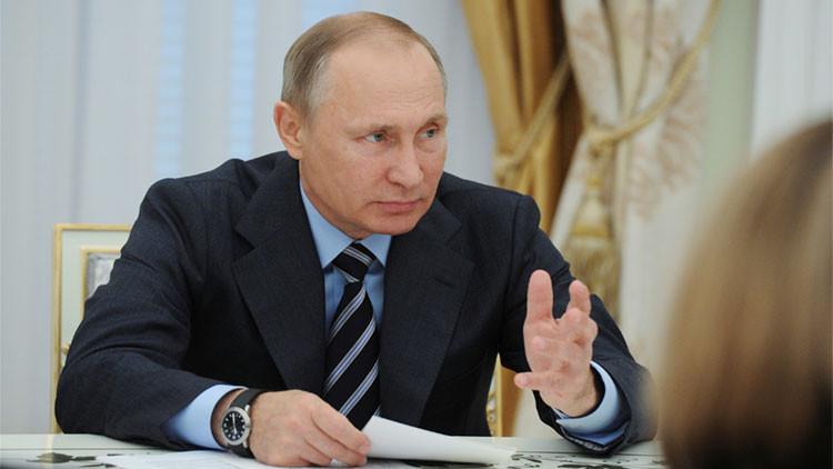 """Putin: """"La URSS pudo haber sido reformada, no había necesidad de destruirla"""""""