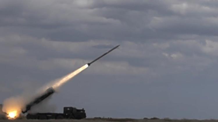 """Video: Ucrania prueba un misil guiado como parte de su """"modernización militar"""""""
