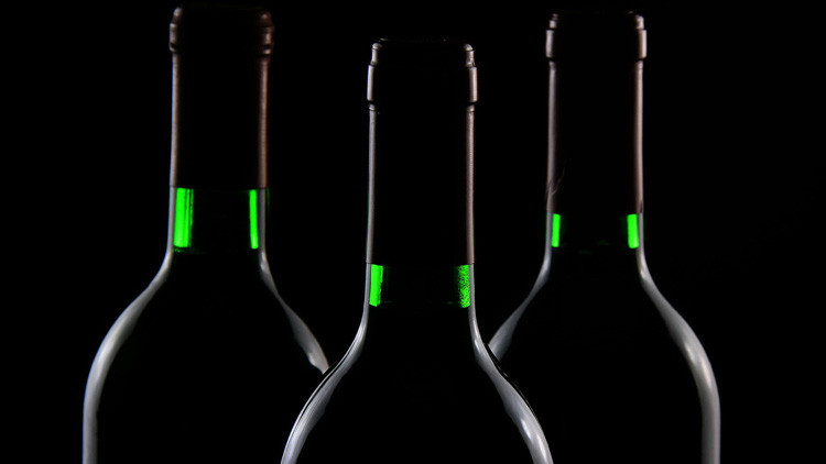 ¿Qué le pasa a nuestro organismo si bebemos alcohol cada día?