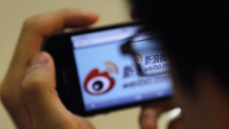 Una adolescente china mata a su madre de hambre por llevarla a un centro para la adicción a Internet