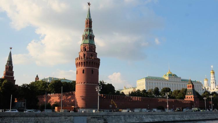 """Moscú tilda de """"inaceptable"""" la retórica del Reino Unido y EE.UU. respecto a Rusia"""